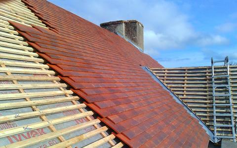 Réparation de toiture 93 à Montfermeil : entreprise Larivière